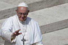 Папа Францішак адмовіўся жыць у афіцыйнай рэзідэнцыі
