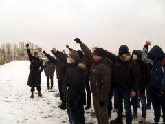 Около 40 человек приняли участие в митинге и шествии