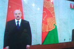 """Лукашэнка: """"Калі мы развучымся гаварыць на беларускай мове, мы перастанем быць нацыяй"""""""