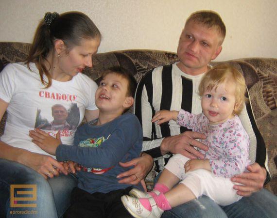 Сергей Коваленко дома